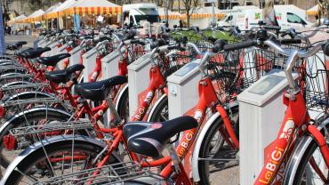 Bicycles are increasingly used as a sustainable means to move around a city