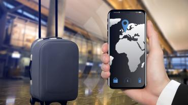 Suitcase with RFID tracking