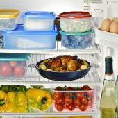 Refrigerator food compartment