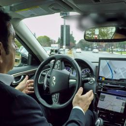 autonomous driving test Carlos Ghosn