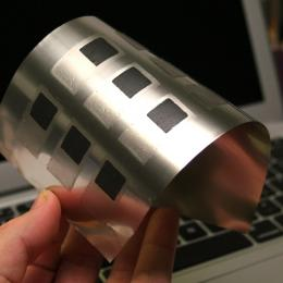 ultra-thin, flexible battery from Imprint Energy