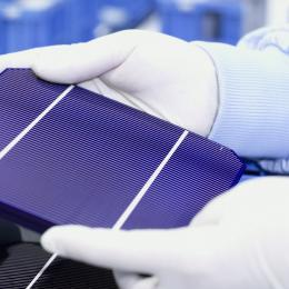 manufacturing solar cells