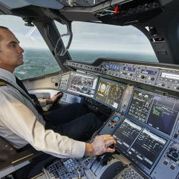 A350 XWB full-flight simulator